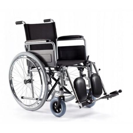 Wózek inwalidzki z regulacją podnóżków